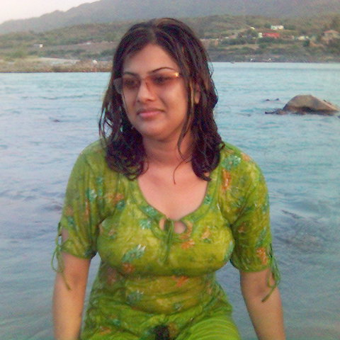 entizar2012@yahoo.com : ناز